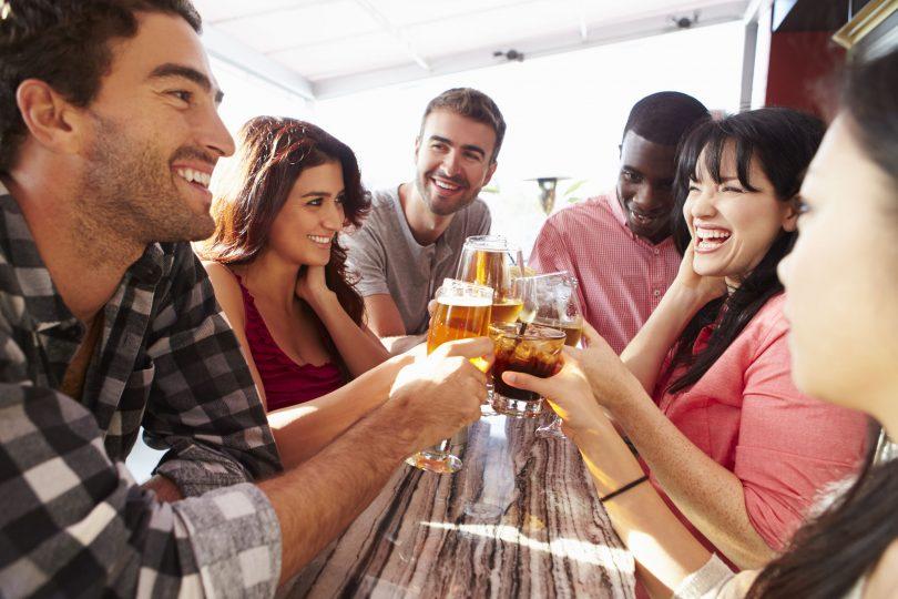 Best Bars to Grab Drinks