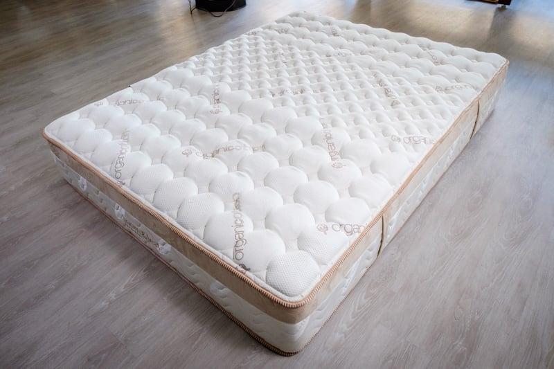 saatva-loom-leaf-mattress